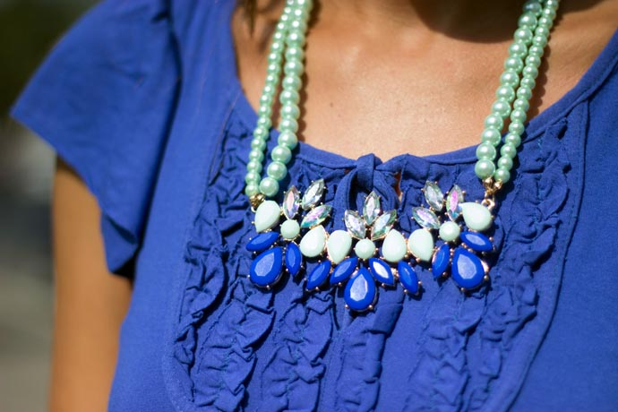 blue-and-mit-necklace