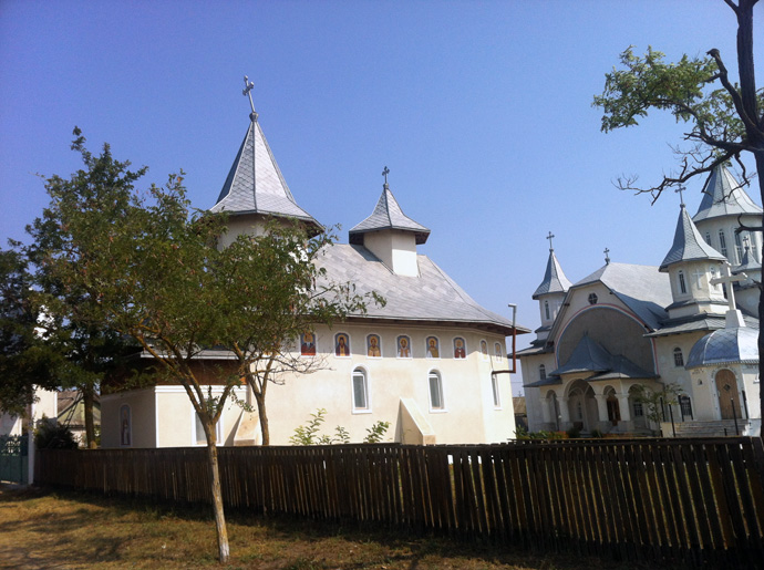 biserica2