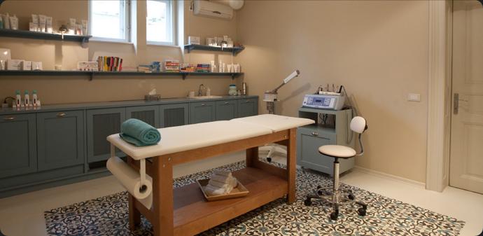 Salonul de cosmetică La Bibliotheque, locul unde înveți să plutești :)