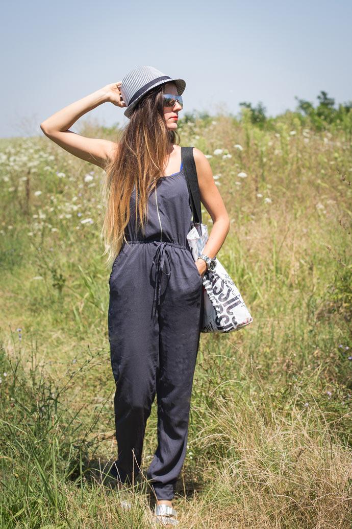 ootd-black-striped-hat-1
