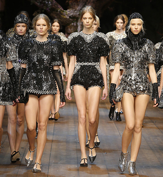 dolce-and-gabbana-winter-2015-womans-fashion-show-landing