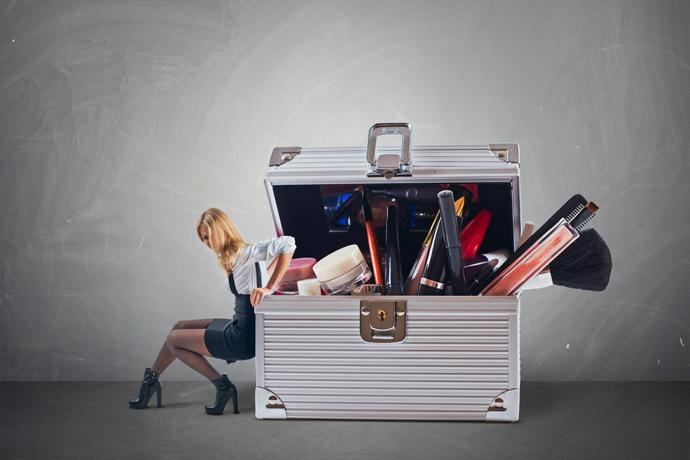 cosmetics-luggage
