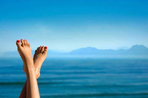 SOS feet: Cum repari picioarele obosite